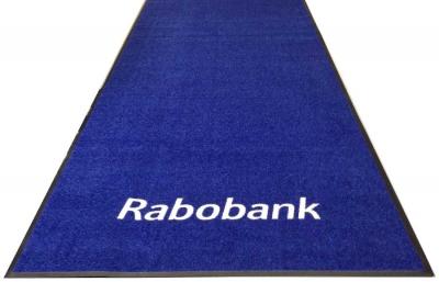 Een droogloopmat op rol voor de entree van de Rabobank. Zo lang als u maar wilt!