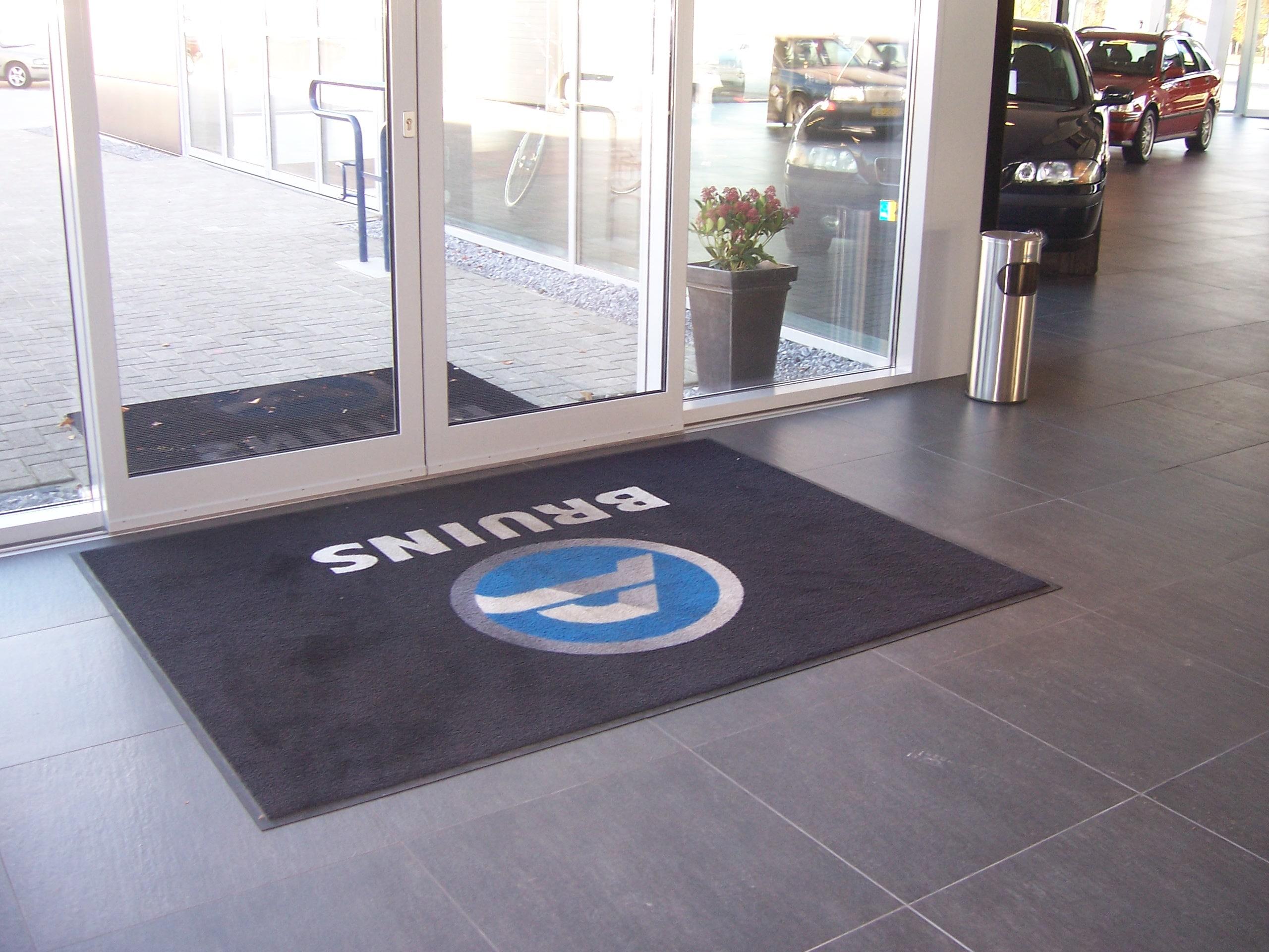 Logomat pro voor Volvo Bruins Hengelo